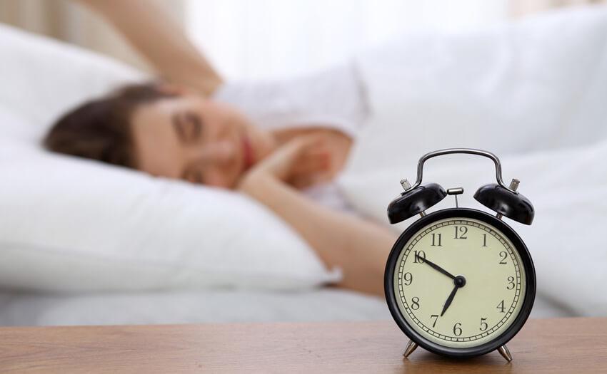 短時間睡眠でも効率よく眠る方法