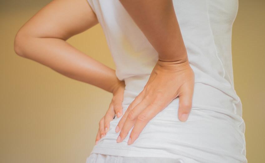 寝ている時の腰の痛みを軽減するのに大切なこと