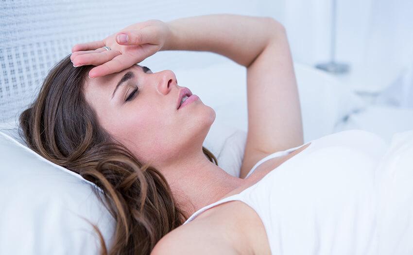 寝不足で気持ち悪い。睡眠不足の吐き気はなぜ起こる?おすすめ対処法