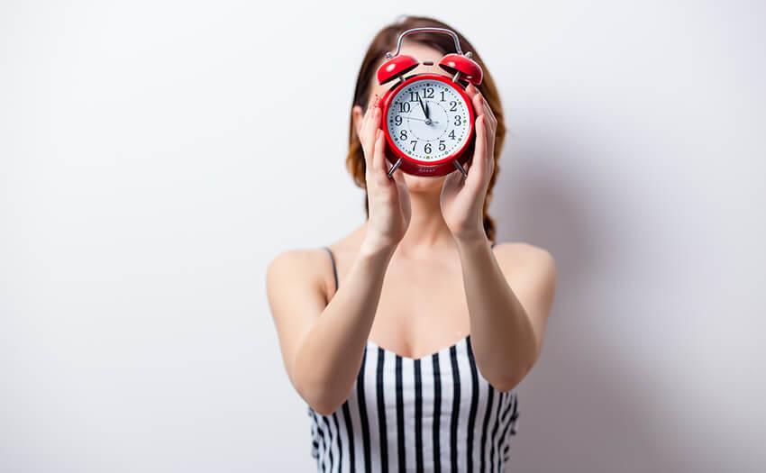 朝起きれない…絶対目覚めたい日におすすめの方法
