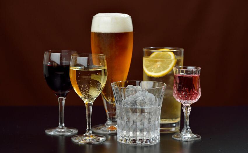 過度のアルコール 快眠のための7つの習慣と8つのタブー