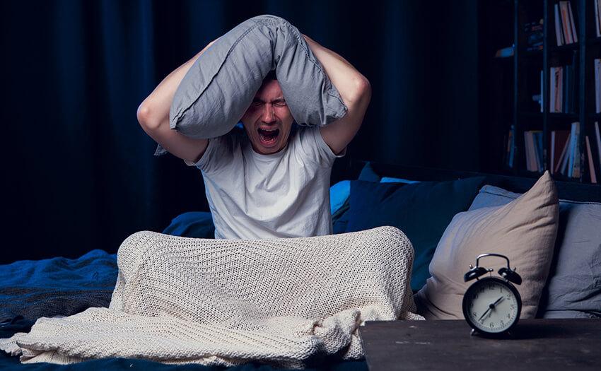 眠いのに寝れない。4つの原因とすぐに眠れる方法