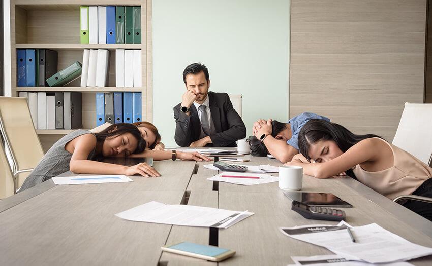 眠い!眠すぎる!急激な眠気に打ち勝つ緊急対処法