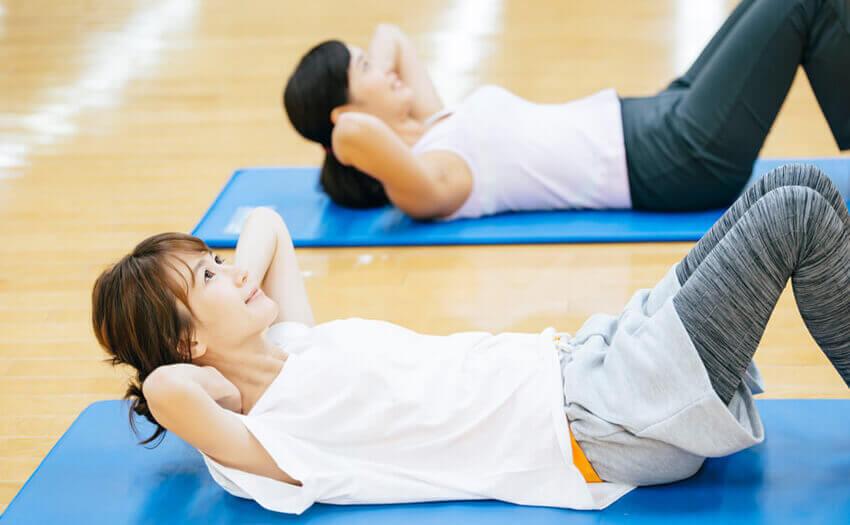 腹筋を割るにはトレーニング
