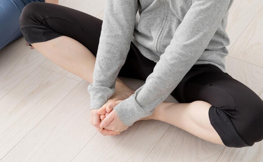 産後の骨盤の開きを解消。歪む原因や安静する期間など気になる情報も
