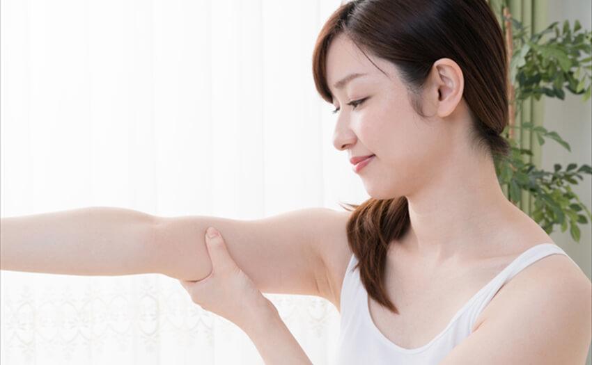 きれいな腕周りを手に入れよう!二の腕痩せに効果的なトレーニング方法