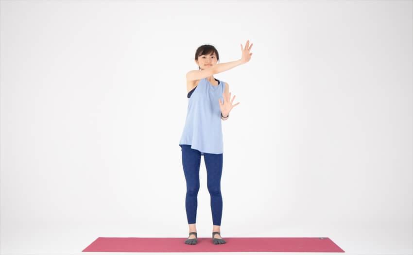 二の腕に効く相撲エクササイズ(3)