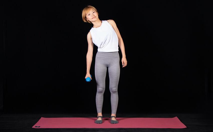 わき腹を引き締め、くびれをつくるトレーニング(2)