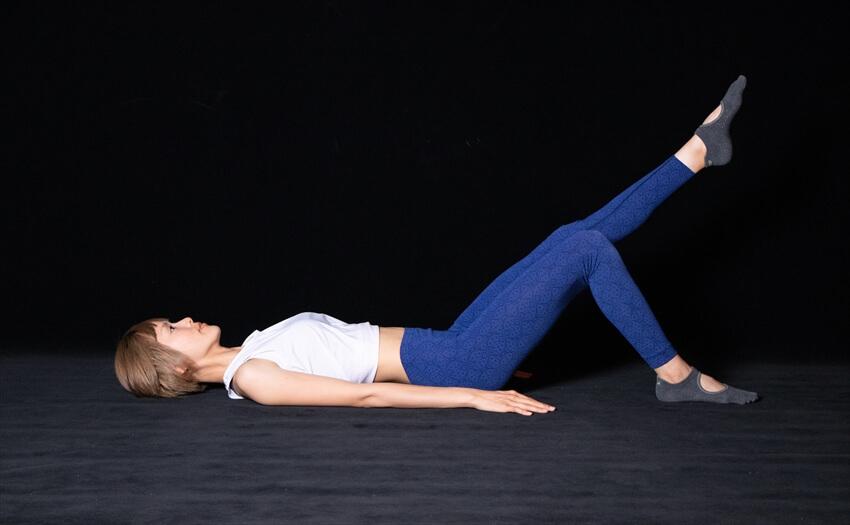 太ももの後ろ側がたるみがちな場合のエクササイズ(2)