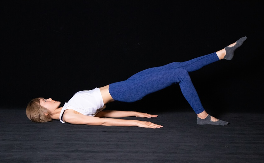 太ももの後ろ側がたるみがちな場合のエクササイズ(3)